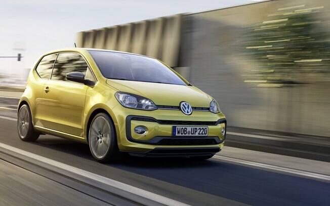 A renovação do VW Up! é um dos lançamentos mais importantes do mês. Ganha novo interior e mais equipamentos