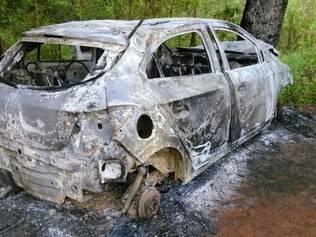 Suspeito tentou vender o carro e, em seguida, se envolveu em um acidente