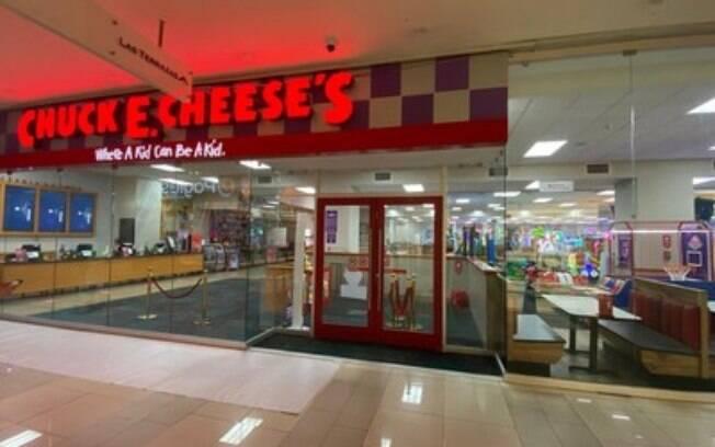 A expansão internacional do Chuck E. Cheese continua com novo loja em El Salvador