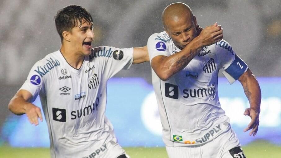 Santos supera o Libertad em partida de ida na Sul-Americana