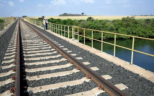 O Ministério Público Federal questiona o leilão da Ferrovia Norte-Sul, alegando que concessão pode gerar monopólio