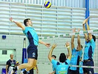 Sada Cruzeiro.  Equipe azul celeste treinou forte durante toda a semana para o confronto deste sábado