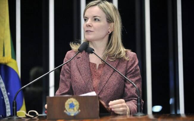 Gleisi Hoffmann, senadora petista, é acusada de corrupção e lavagem de dinheiro