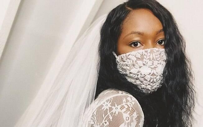 Noiva de máscara