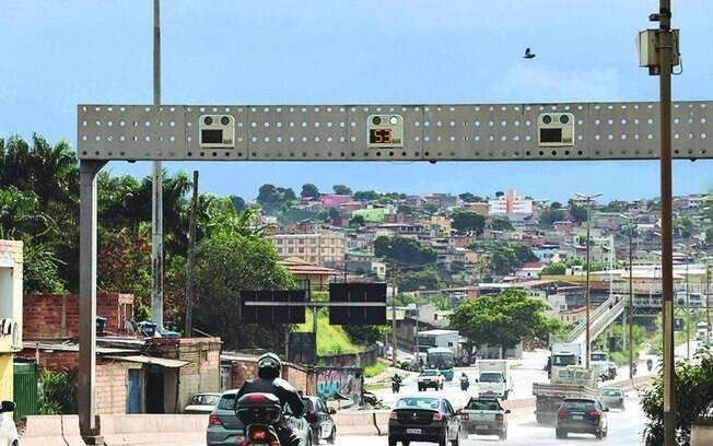 Na semana passada, o Ministério da Infraestrutura informou que a instalação de novos radares foi suspensa