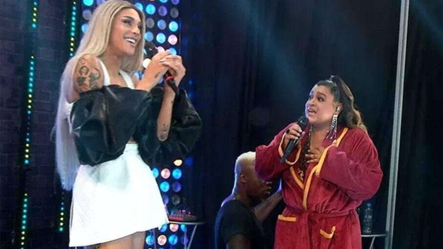 Pabllo Vittar revela que está noiva