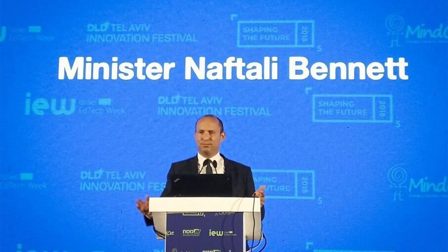 Naftali Bennett será o novo primeiro-ministro de Israel após 12 anos de Netanyahu no poder