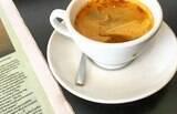 """Café x chá verde: qual a melhor opção para """"acordar"""" e até para emagrecer?"""