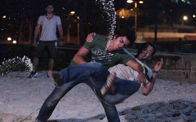 Quinzé e Leandro se enfrentam