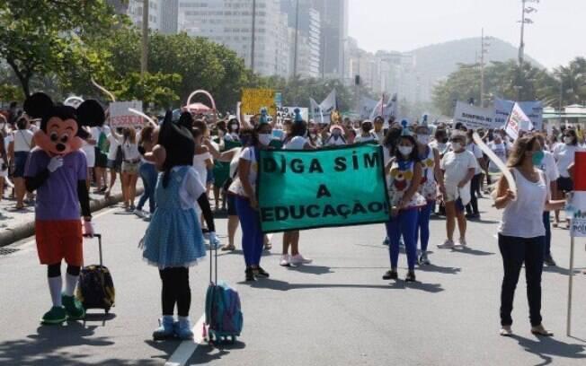 Manifestantes ocuparam a orla da Zona Sul do Rio de Janeiro