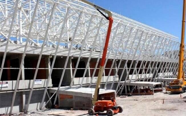 Obras da Arena Corinthians em fevereiro de  2013, que receberá o jogo de abertura da Copa de  2014