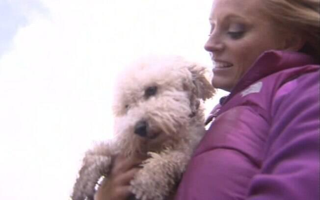 Nicole Dillon acredita nas habilidades paranormais de seu cão Dexter