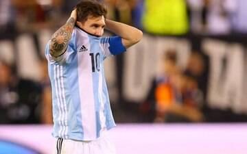 Bauza revela recomendação do Barça para Messi não viajar com Argentina