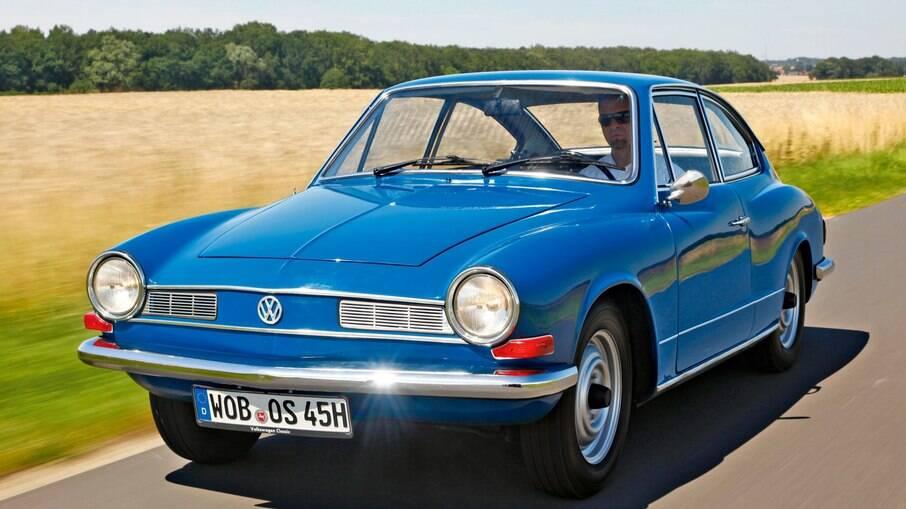 Karmann Ghia TC foi o carro em que a colunista Zuzu Angel sofreu um acidente e falaceu, em abril de 1976