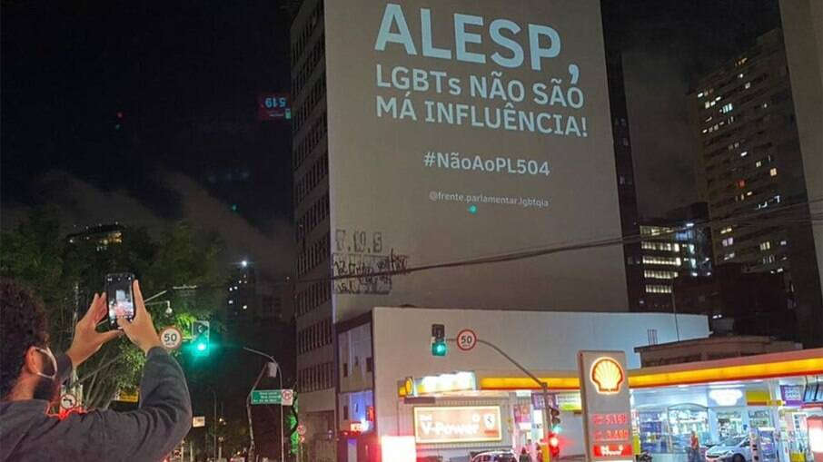 Ação organizada no centro de São Paulo contra o projeto de lei 504/2020