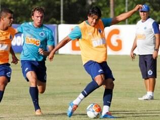 Marcelo Moreno não participou do duelo com o Defensor, mas mostrou empenho em treino desta sexta