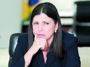 Roseana Sarney não terá que passar a faixa de governador para Flávio Dino