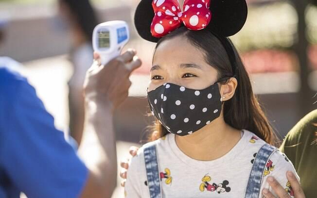 Com critérios de segurança rígidos, os parques da Disney abriram para o público