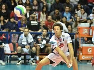 Oposto Lorena acredita que decisão mostra que Superliga precisa evoluir