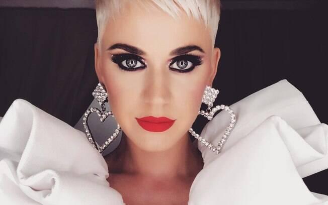 Katy Perry tem carreira sólida, mas nunca conseguiu superar outras divas pop no Grammy