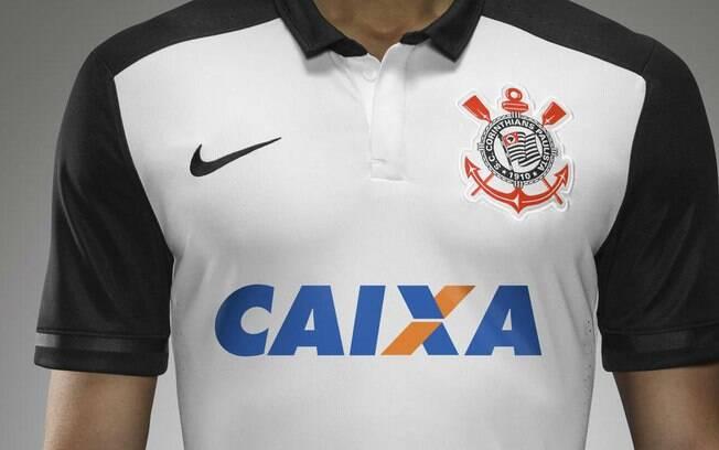 Primeiro novo uniforme homenageia o título mundial de 2000. Foto  Divulgação 961716b925ea7