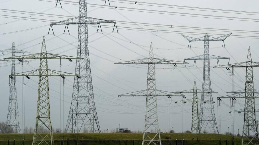 Leilão de linhas de transmissão da Aneel prevê investimentos em diversos estados