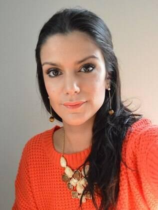 Marina Smith hoje vende os cosméticos que cria com a mãe na loja Sephora