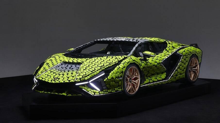 Lamborghini Sián FKP 37: luzes de LED para seguir o significado do nome do supercarro da marca italiana