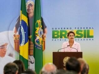A presidente Dilma minimizou o panelaço registrado em diversas cidades do país na noite desta terça, durante veiculação do programa do PT em rede nacional