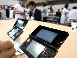 Nintendo 3DS: videogame portátil tira fotos em 3D e exibe imagens na própria tela