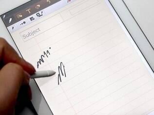 Suporte para canetal digital é diferencial do Note 8.0