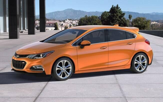 A versão sedã do Chevrolet Cruze é prioridade, o que deixou o hatchback Sport6 para o início de 2017