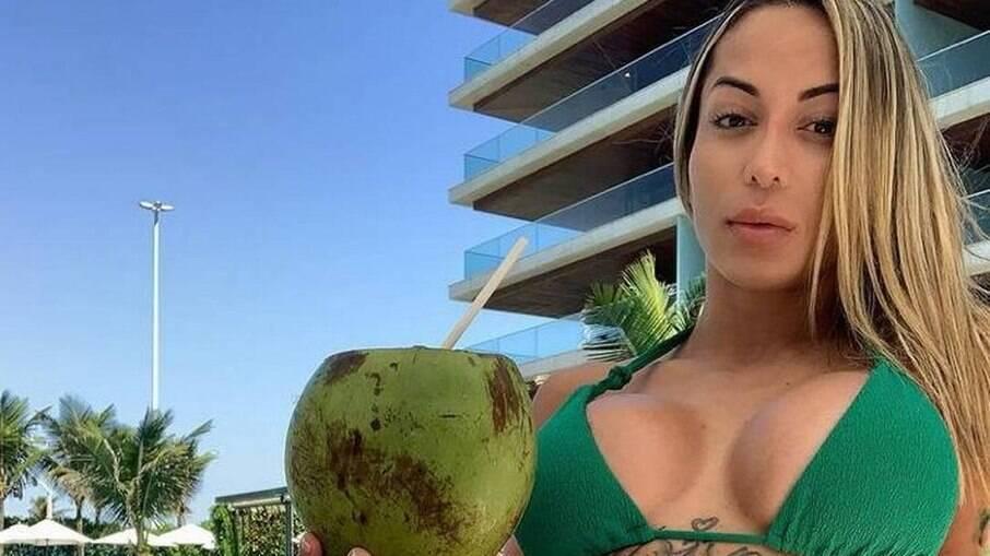 Bianca Dominguez estava com MC Kevin no quarto do hotel