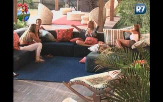 Joana, Valesca, Monique e Raquel falam sobre a expectativa de que Gui vá para a Roça