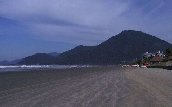 Praia de Peruíbe é uma das que vai ter acesso restrito após decisão judicial