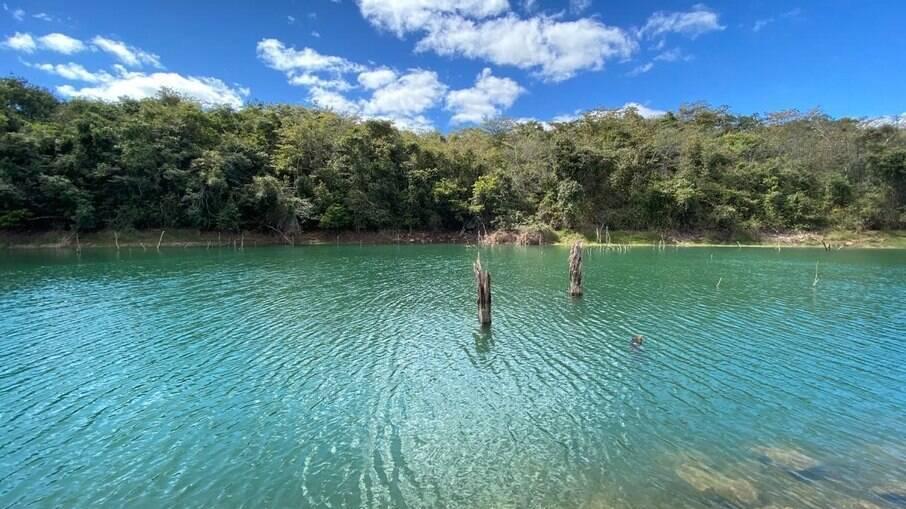 Lago Corumbá IV, foi criado há 15 anos para a exploração do potencial hidrelétrico do Rio Corumbá