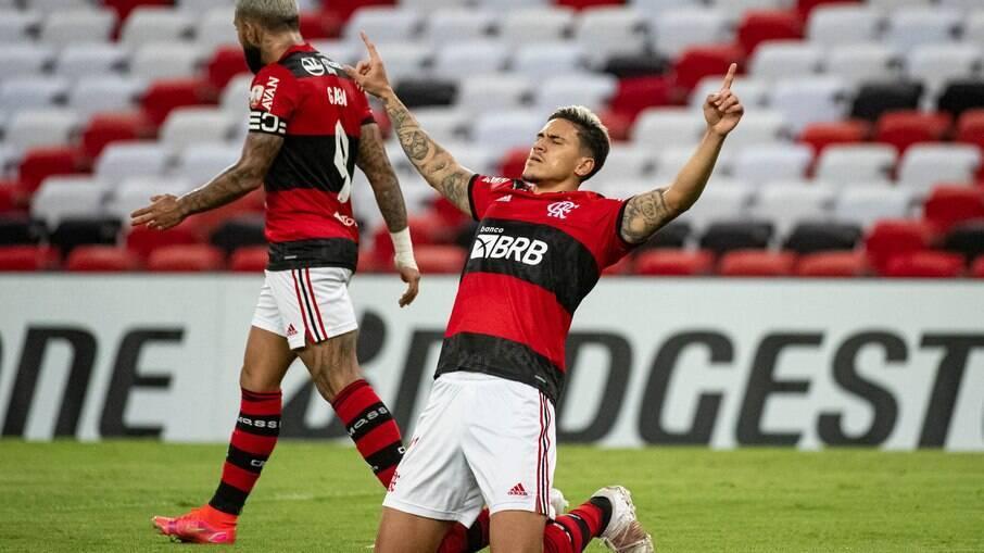 Pedro comemora após marcar contra a LDU