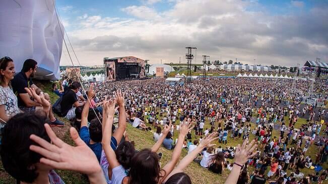Lollapalooza Brasil 2015 reuniu 136 mil em dois dias
