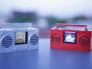 Capa para iPod Nano transforma produto em toca-fitas