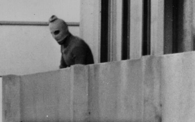 Um dos terroristas do Setembro Negro, grupo responsável pelo Massacre de Munique