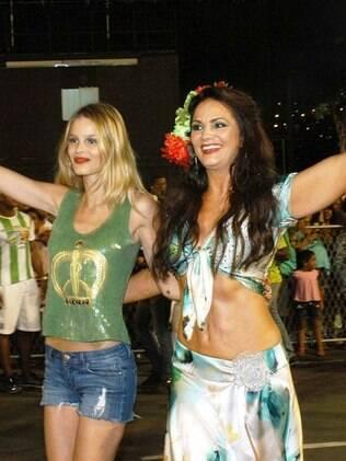 A modelo Yasmin Brunet com a mãe, Luiza Brunet