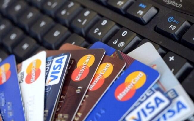 Cartões de crédito somaram R$ 648 bilhões do total, enquanto os de débito representam R$ 402 bilhões