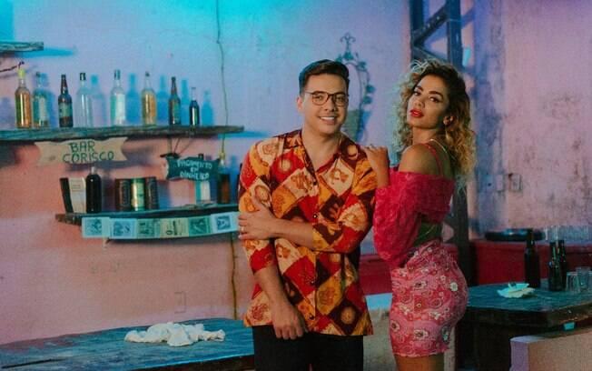 Weley Safadão com Anitta lançam
