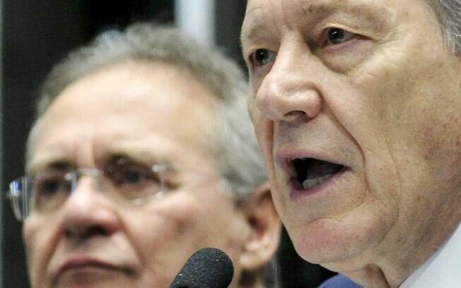 Renan Calheiros alega que processo contra Ricardo Lewandowski é resultado da manutenção dos direitos de Dilma