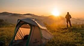 Veja o que é preciso para acampar sem perrengue