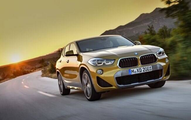 BMW X2:  SUV com jeito de hatch esportivo já chegou a ser mostrado no Brasil. Terá motor 2.0, de 190 cavalos no País
