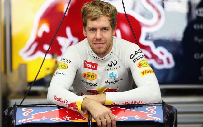 Red Bull - Sebastian Vettel - alemão é  tricampeão mundial e vai defender seu título em  2013