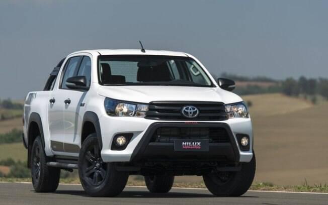 Toyota Hilux garante mais um ano de liderança no ranking de vendas das picapes médias
