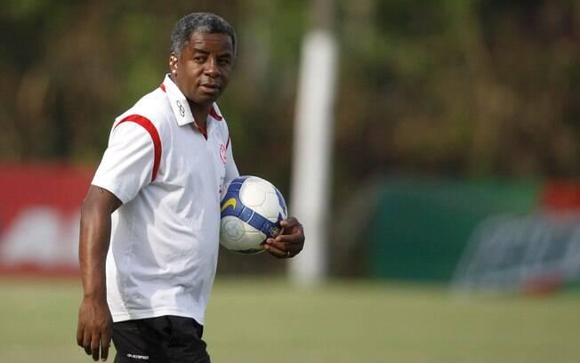 Andrade assumiu o Flamengo após a saída de Cuca e levou o time ao hexa em 2009