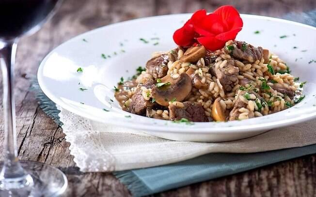 O risoto de cogumelos é delicioso!